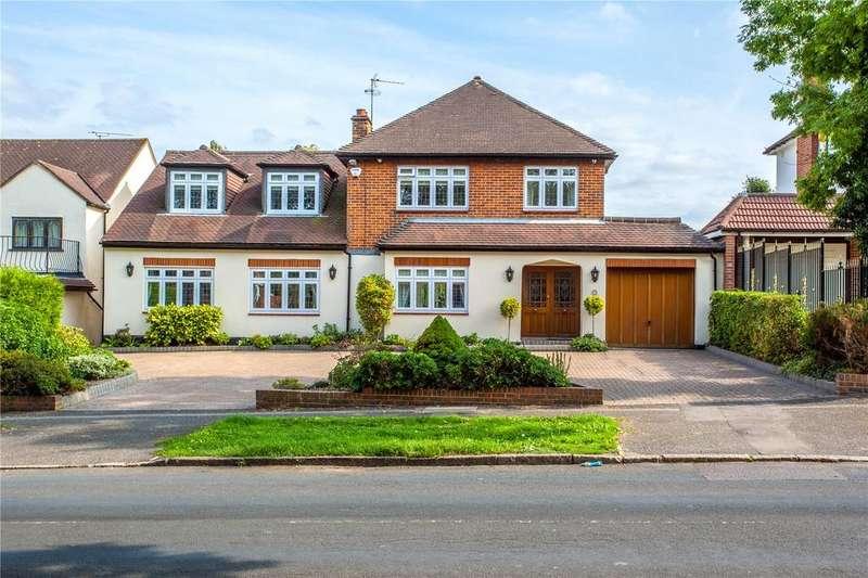 5 Bedrooms Detached House for sale in Wellfields, Loughton, Essex, IG10