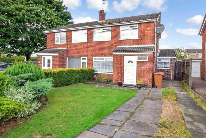 3 Bedrooms Semi Detached House for sale in Whitelake Close, Melton Mowbray, Leicestershire