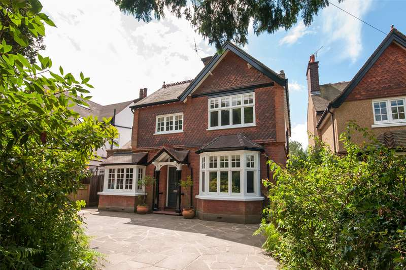 4 Bedrooms Detached House for sale in Doods Park Road, Reigate, Surrey, RH2