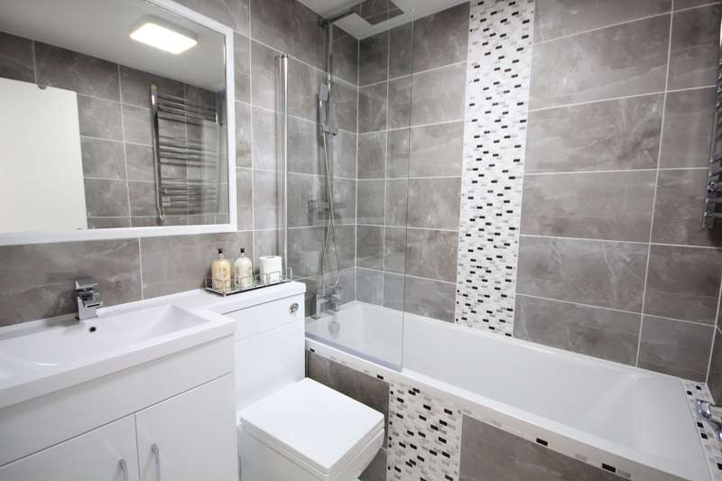 2 Bedrooms Apartment Flat for sale in Kings Oak Court, Queen's Road, Reading, RG1