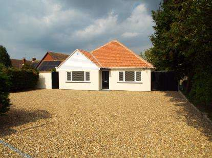 3 Bedrooms Bungalow for sale in St. Osyth, Clacton-on-Sea, Essex