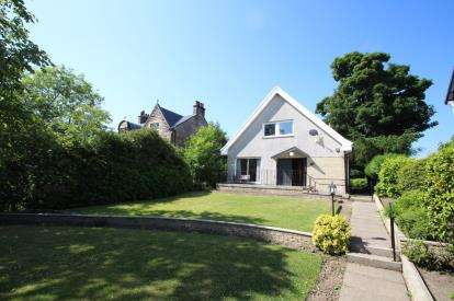 3 Bedrooms Detached House for sale in Potassels Road, Muirhead