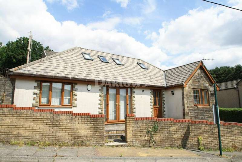 3 Bedrooms Bungalow for sale in Rhyd Terrace, Tredegar, Blaenau Gwent