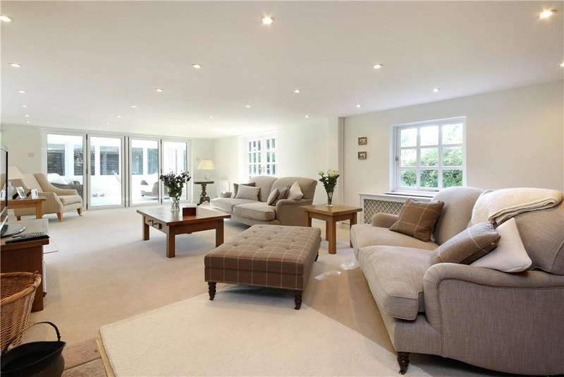 5 Bedrooms Detached House for sale in Devils Highway, Riseley, Reading, Berkshire, RG7