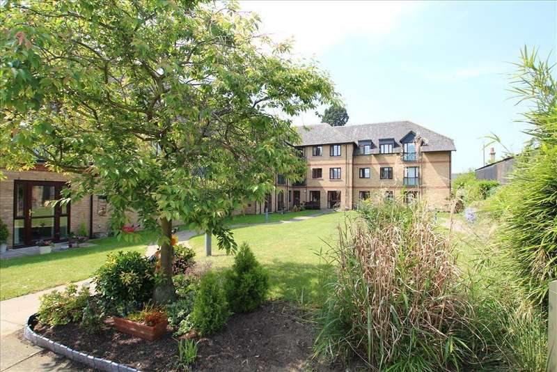 2 Bedrooms Apartment Flat for sale in Millers Court, Shortmead Street, Biggleswade, SG18