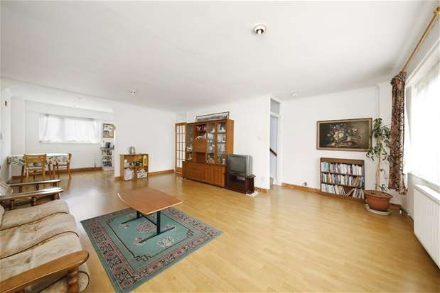4 Bedrooms House for sale in Beaulieu Avenue, Sydenham