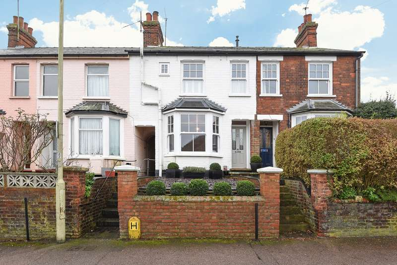 3 Bedrooms Terraced House for sale in Bearton Road, Hitchin, SG5