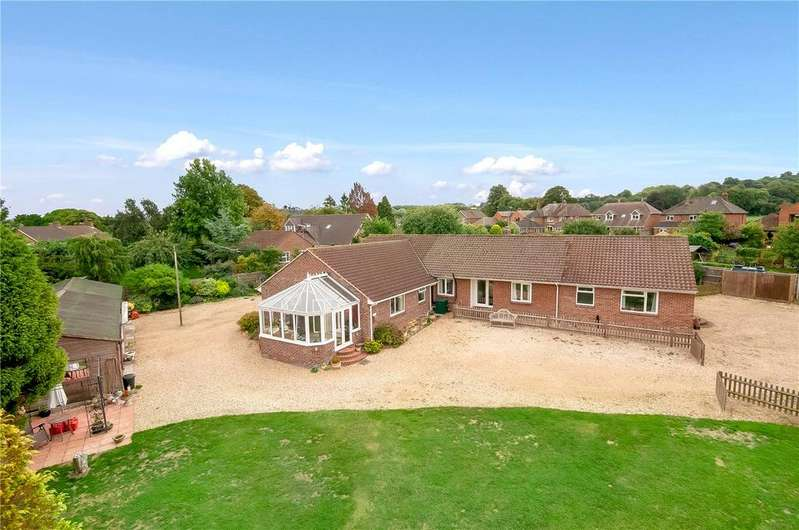 6 Bedrooms Detached Bungalow for sale in Green Acre, Salisbury Road, Broughton, Stockbridge, SO20