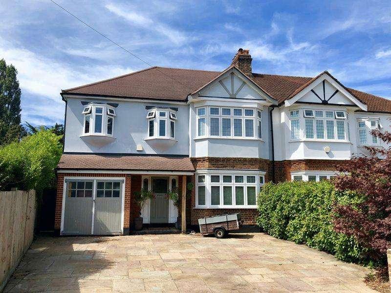6 Bedrooms Semi Detached House for sale in The Drive, Bexley, DA5 3DE