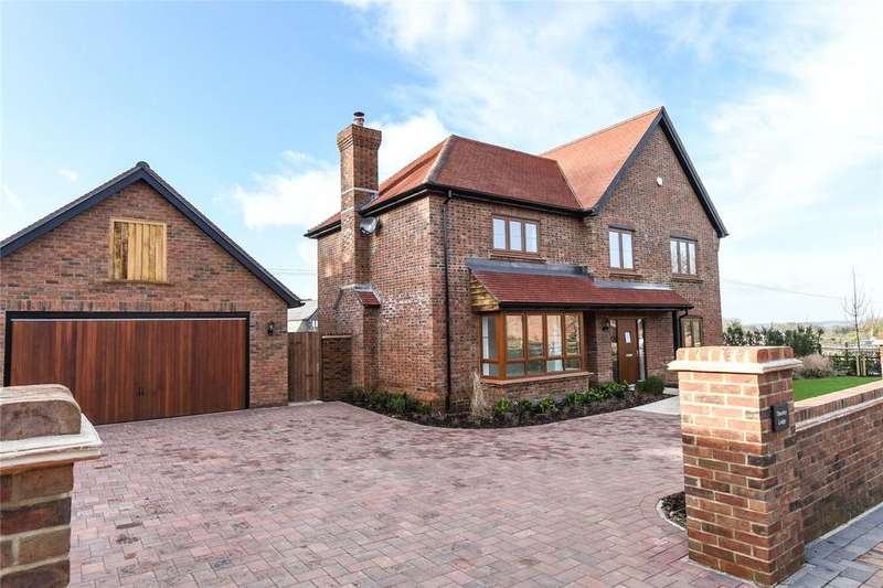 5 Bedrooms Detached House for sale in Thursley Lodge, Medstead, Nr Alton, Hampshire