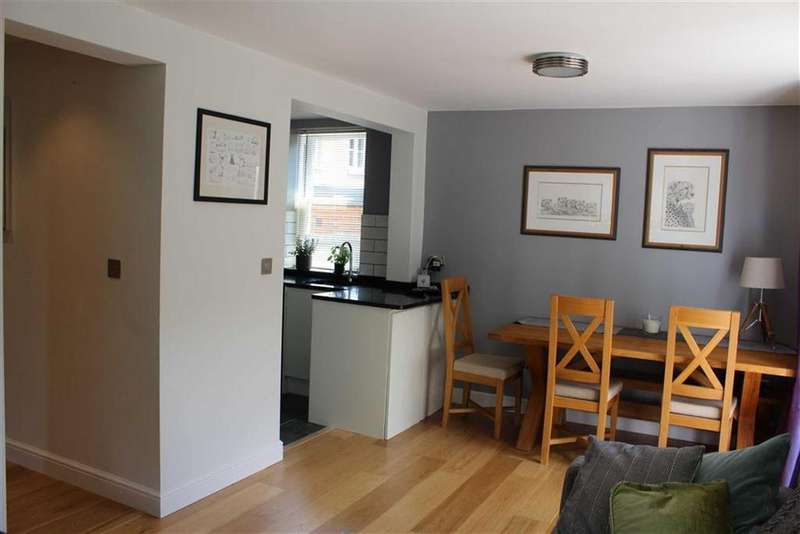 1 Bedroom Maisonette Flat for sale in Grove Road, Sonning Common, Sonning Common Reading