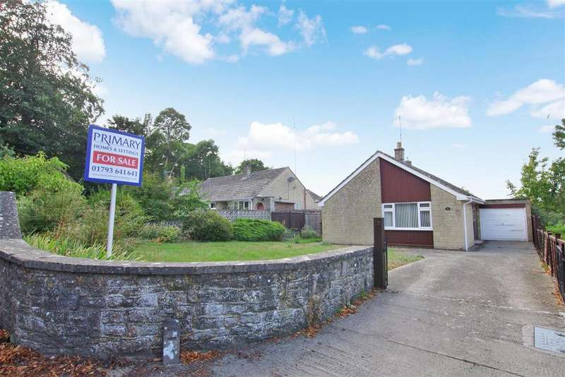 3 Bedrooms Detached Bungalow for sale in High Street, Blunsdon, Swindon