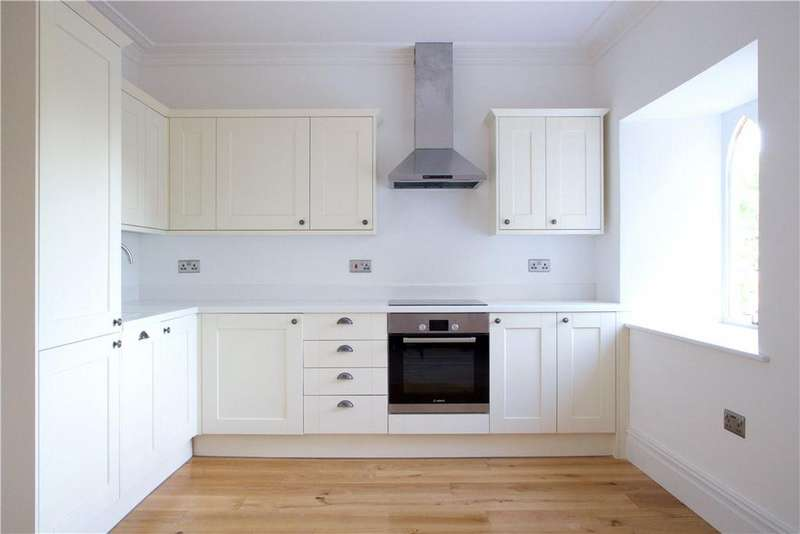 1 Bedroom Flat for sale in Cleeve Court, Main Road, Cleeve, Bristol, BS49
