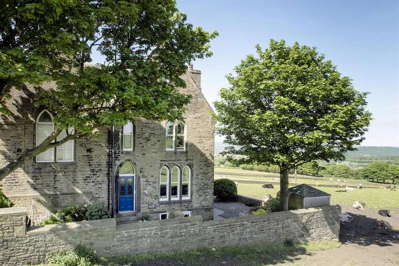 5 Bedrooms Semi Detached House for sale in Stainland Road, Sowood, Halifax