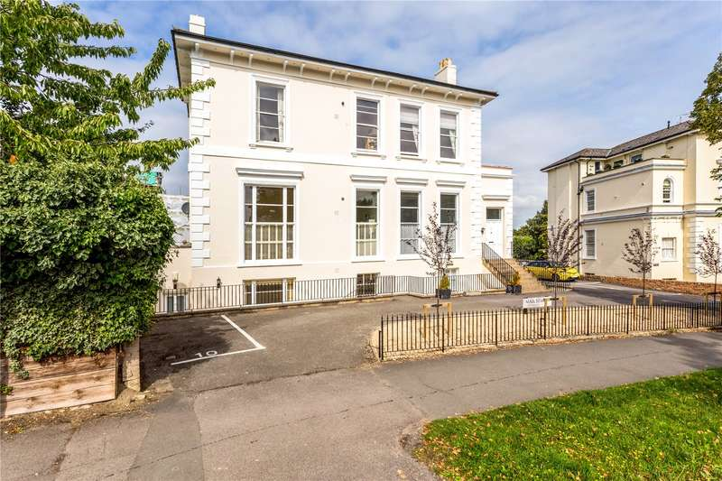 2 Bedrooms Flat for sale in Marchmont, Parabola Road, Cheltenham, Gloucestershire, GL50