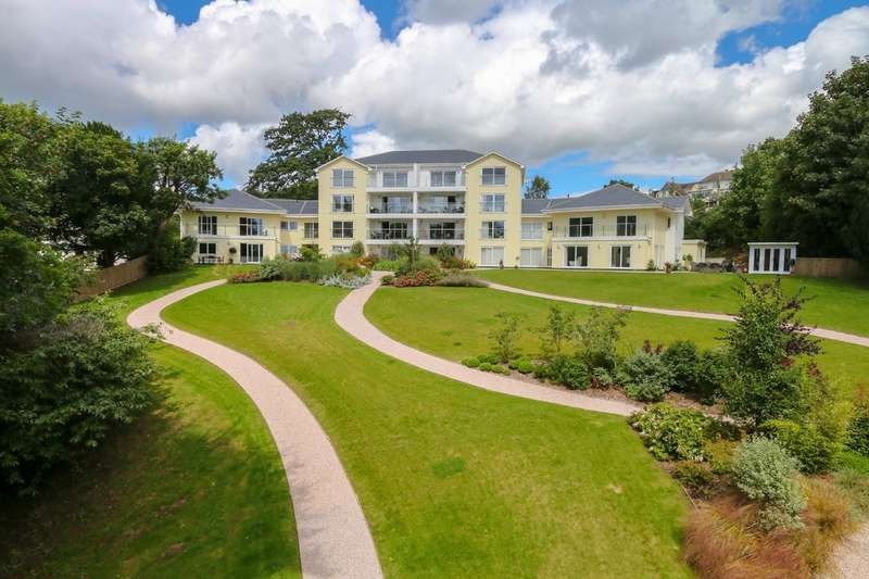 3 Bedrooms Flat for sale in Holcombe Drive, Holcombe