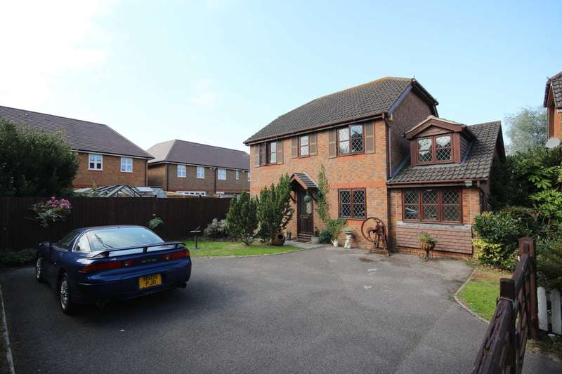4 Bedrooms Detached House for sale in Hemmyng Corner, Warfield
