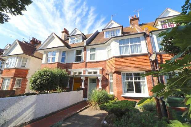 5 Bedrooms Terraced House for sale in Willingdon Road, Eastbourne, BN21
