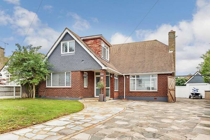 4 Bedrooms Detached House for sale in Sea Views, Waterford Road, Shoeburyness