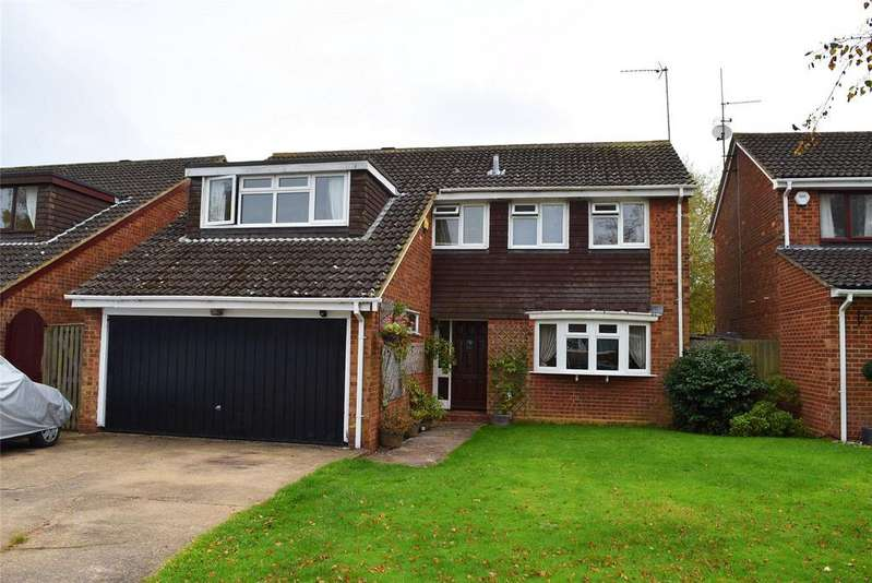 4 Bedrooms Detached House for sale in Walducks Close, Stewkley