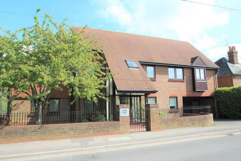 1 Bedroom Flat for sale in Fisher Court, Mortimer Common, RG7