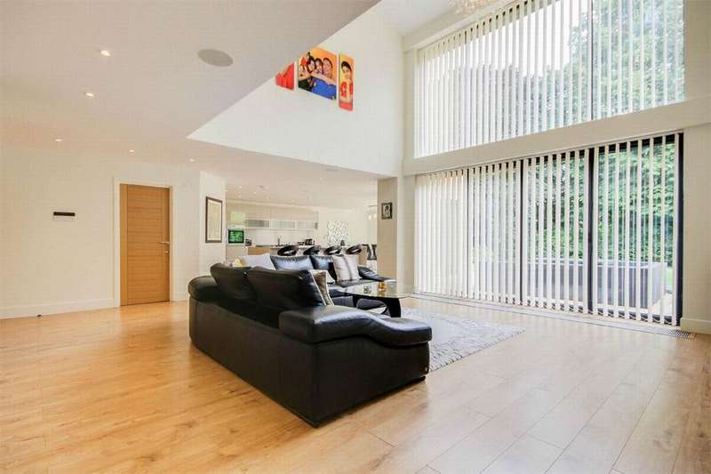 5 Bedrooms Detached House for sale in West Purley, Surrey