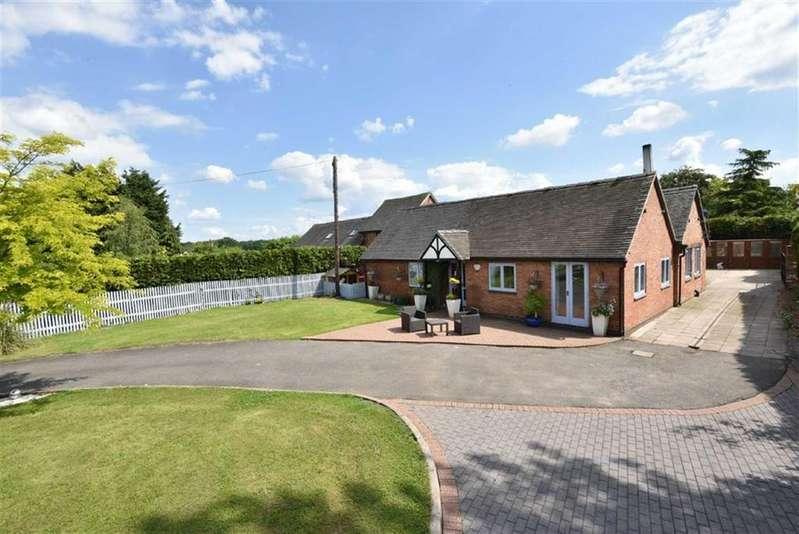 4 Bedrooms Bungalow for sale in The Old Oaks, Woodlands Drive, Foston, Derby, DE65