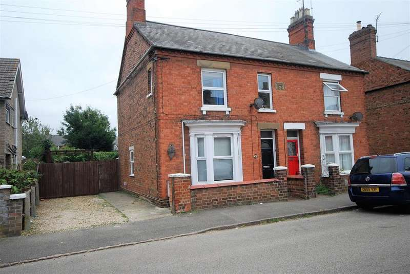 3 Bedrooms Semi Detached House for sale in Havelock Street, Spalding