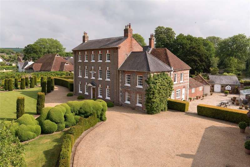 7 Bedrooms Detached House for sale in Gaters Lane, Winterbourne Dauntsey, Salisbury