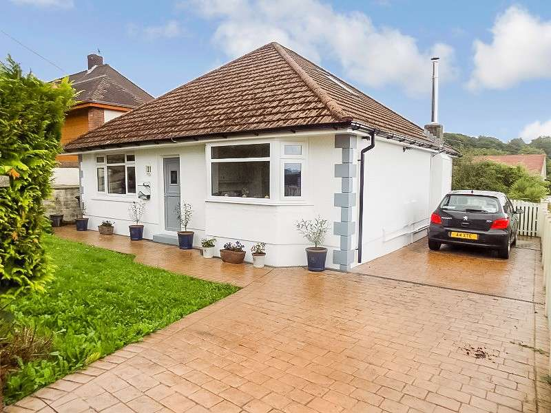 2 Bedrooms Detached Bungalow for sale in Gilfach Road, Bryncoch, Neath, Neath Port Talbot. SA10 8EH