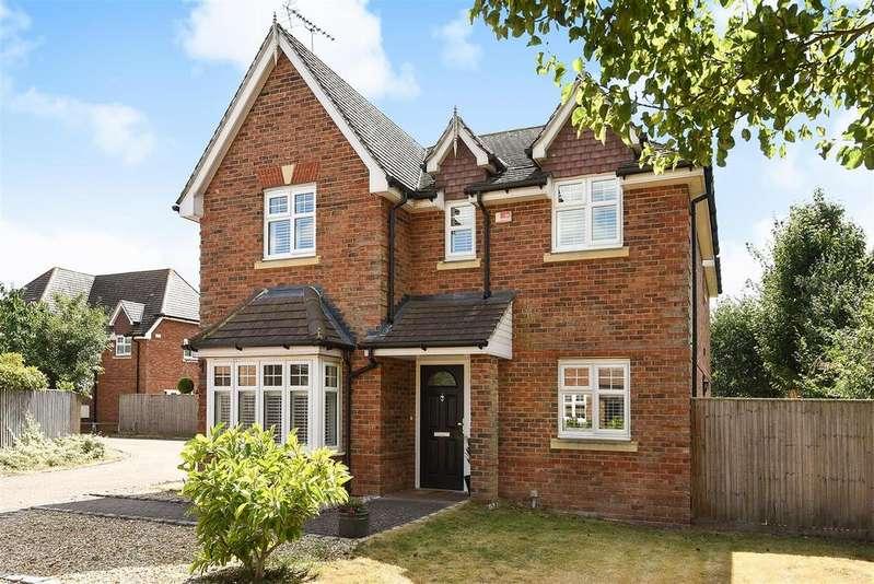 4 Bedrooms Detached House for sale in St. Marys Road, Sindlesham, Berkshire RG41 5DA