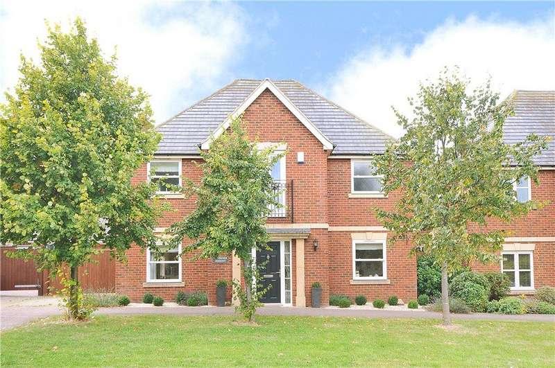 4 Bedrooms Detached House for sale in Vernier Crescent, Medbourne, Milton Keynes, Buckinghamshire