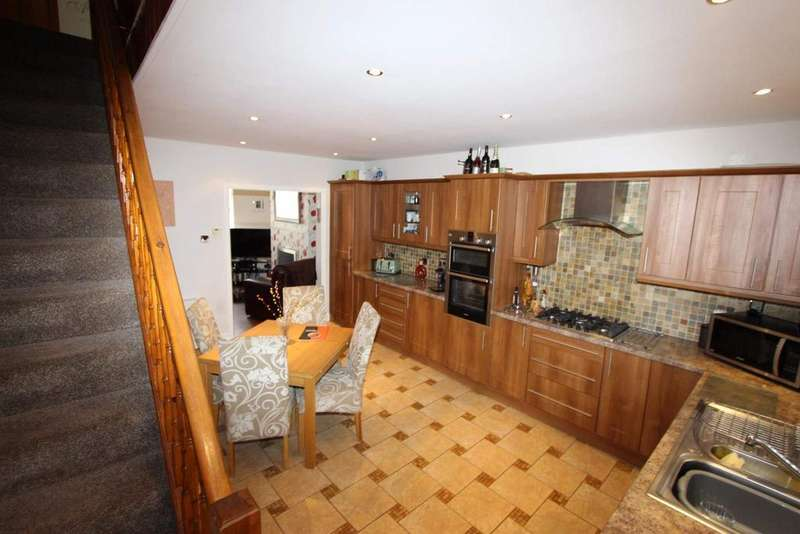 2 Bedrooms Terraced House for sale in Westminster Street, Sudden, Rochdale