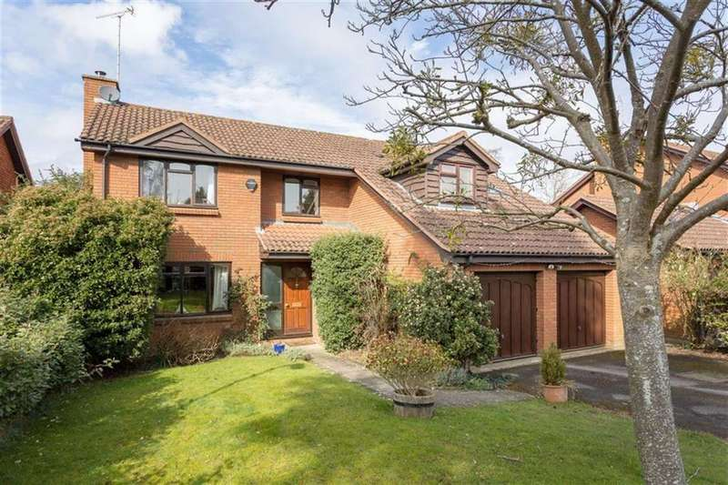 5 Bedrooms Detached House for sale in Shrublands, Charlton Kings, Cheltenham, GL53