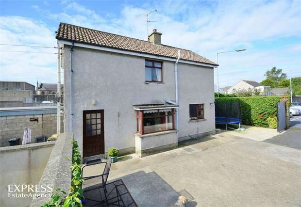 2 Bedrooms Detached House for sale in Greencastle Street, Kilkeel, Newry, County Down