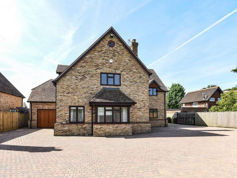 4 Bedrooms Detached House for sale in Burghfield Bridge, Burghfield, Reading, RG30