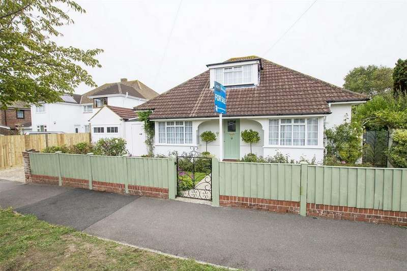 3 Bedrooms Detached Bungalow for sale in Kings Road, Lee-on-the-Solent, Hampshire