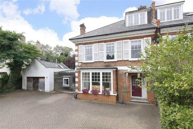5 Bedrooms Semi Detached House for sale in Alleyn Park, London