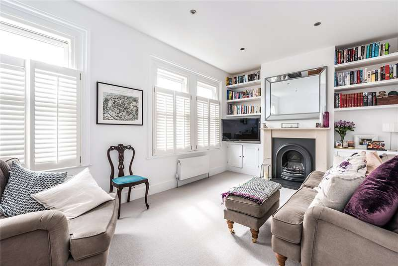 2 Bedrooms Flat for sale in Balvernie Grove, Southfields, London, SW18