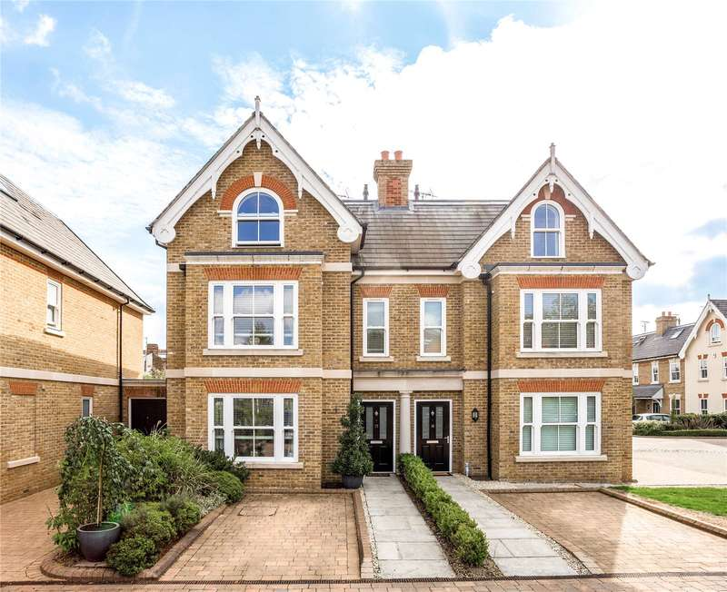 4 Bedrooms Semi Detached House for sale in Kensington Mews, Windsor, Berkshire, SL4