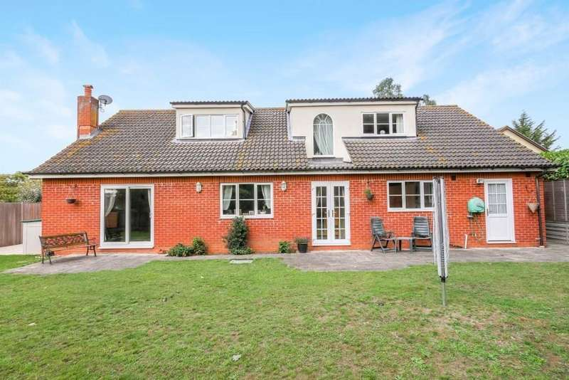 5 Bedrooms Detached House for sale in Yewtree Grove, Kesgrave
