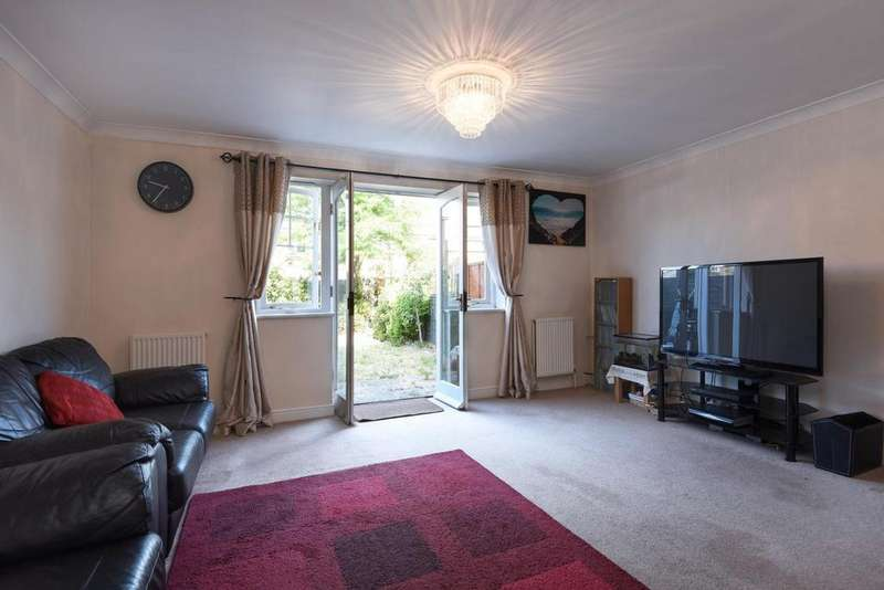 3 Bedrooms Terraced House for sale in Elizabeth Fry Place, Shooters Hill