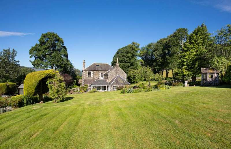 7 Bedrooms Detached House for sale in Caberston House, Walkerburn EH43