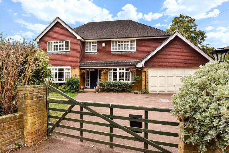 4 Bedrooms Detached House for sale in Furzehill Crescent, Crowthorne, Berkshire, RG45