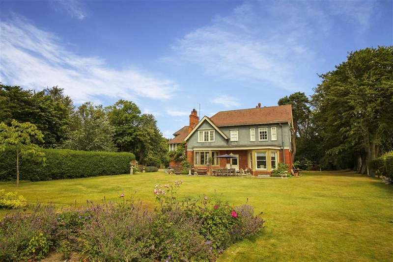 5 Bedrooms Detached House for sale in Morpeth, Northumberland