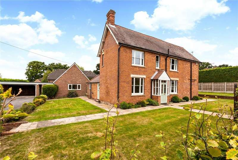 4 Bedrooms Detached House for sale in Gore End Road, Ball Hill, Newbury, Hampshire, RG20
