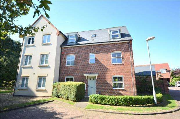 4 Bedrooms Semi Detached House for sale in Quail Corner, Bracknell, Berkshire