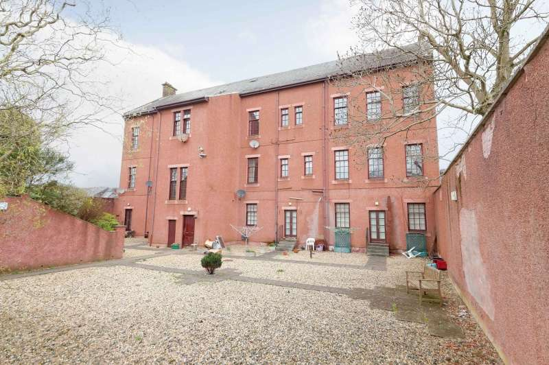 2 Bedrooms Flat for sale in Brewland Street, Galston, East Ayrshire, KA4 8AQ