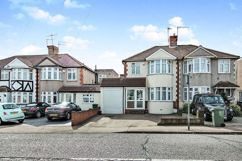 3 Bedrooms Semi Detached House for sale in Parsonage Manorway, Belvedere, DA17