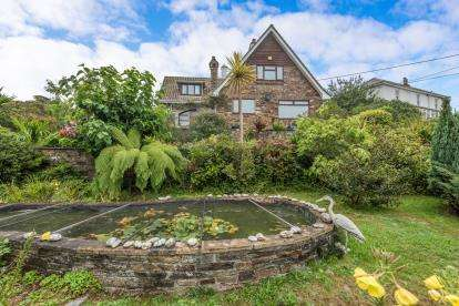 5 Bedrooms Detached House for sale in Penryn, Cornwall, .